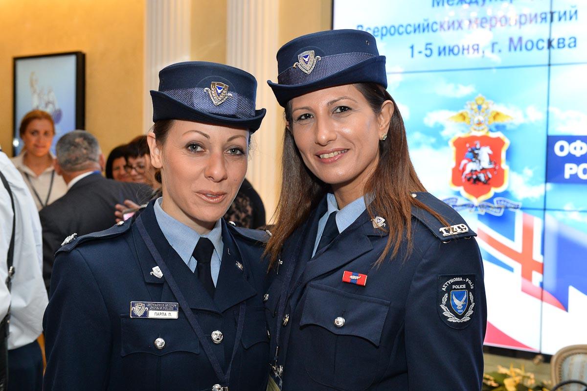 Лесбиянки служат в милиции